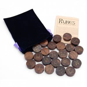 Bilde av Runer Tre- Wooden Rune Set -