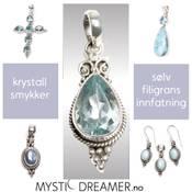 Krystallanheng i sølvinnfatning