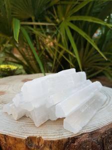 Bilde av selenitt staver-chips 3-6cm