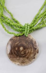 Bilde av Bali skjell smykke med grønne