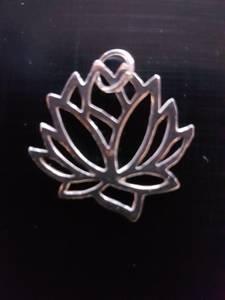 Bilde av Lotus Pendant Silver