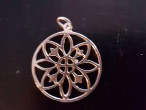 Bilde av Anheng Mandala 8 petals sølv