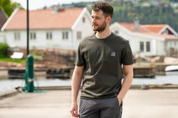 Bilde av Fridtjof Nansen Klassisk T-skjorte - Mosegrønn
