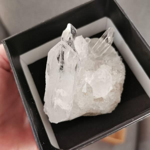 Bergkrystall, Klynge ca 160-260 gram - Gaveeske