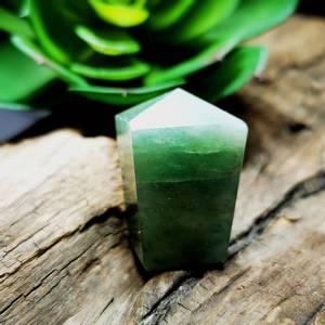 Bilde av Green Aventurine Natural Polish Points
