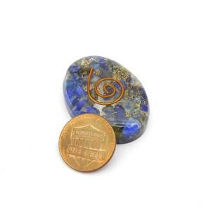 Bilde av Orgonitt Lapis Lazuli flat lommestein  30 mm