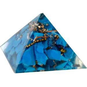 Bilde av Orgone Resin Pyramid Firozi (Indian Turquoise) -