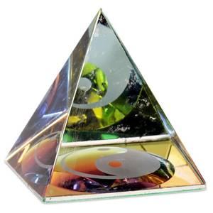Bilde av Crystal Pyramid Yin Yang 4 cm