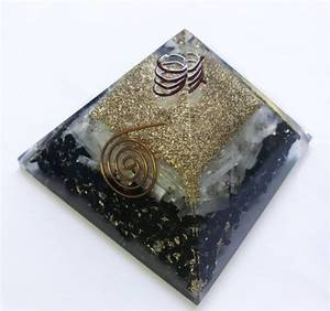 Bilde av Pyramid Selenite black tourmaline 60-70 mm
