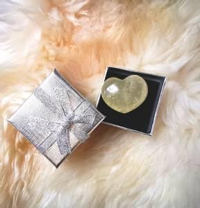 Bilde av Kalsitt / Calcite Gul hjerte stor 35 mm ,
