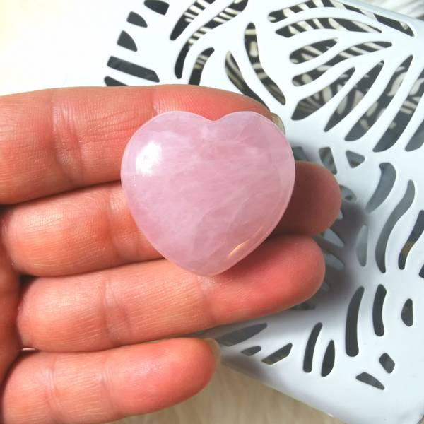 Rosenkvarts hjerte lommestein 30mm - Krystallhealing