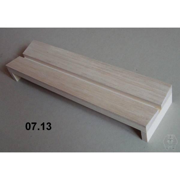 Bilde av Spennbrett i balsa, 8 x 30 cm, 8 mm bred grop