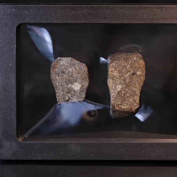 Bilde av Steinmeteoritt (NWA-kondritt), delt, 27 gram