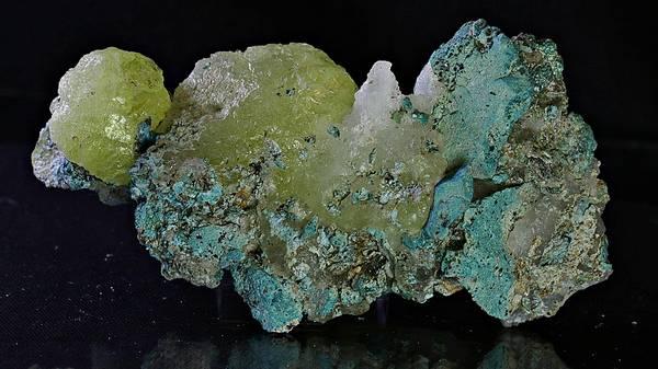 Bilde av Brucitt med blågrønn matriks, Pakistan