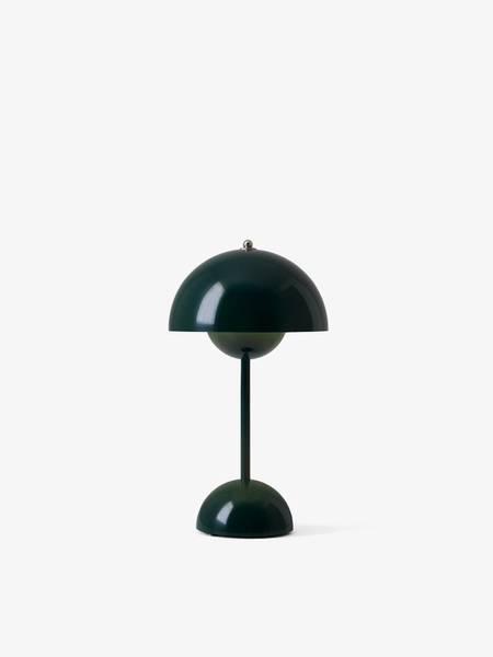 Bilde av Flowerpot VP9 Table Portable, Dark Green