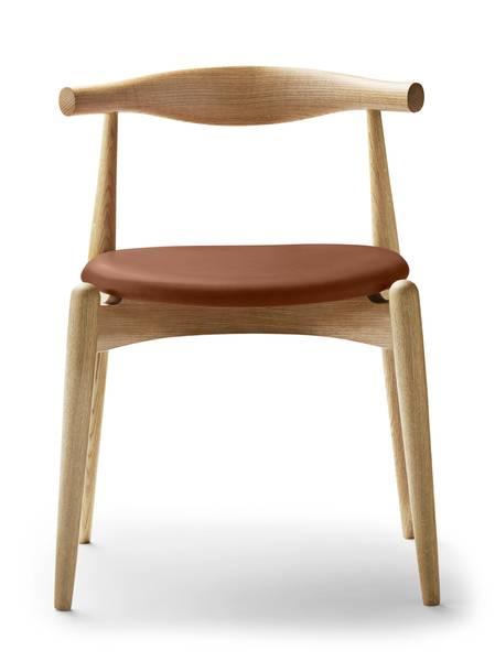 Bilde av Carl Hansen CH20 Elbow Chair Oljet eik