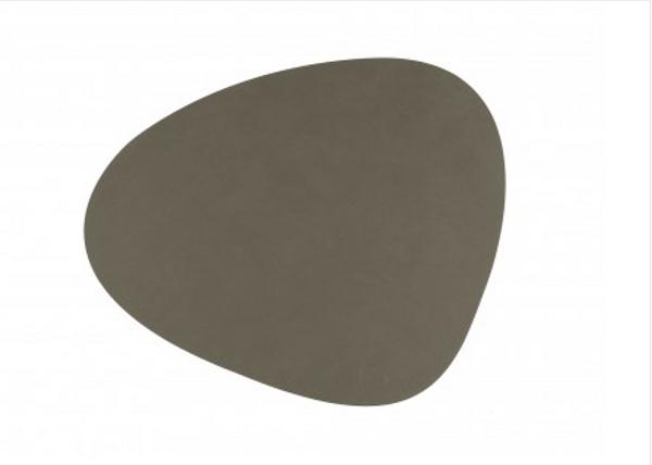 Bilde av Curve L Bordbrikke nupo 37x44, army green