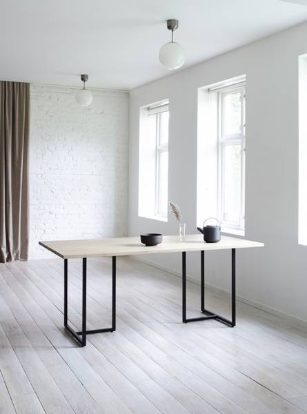 Bilde av Ygg & Lyng T-Bordet spisebord, hvitoljet vill eik