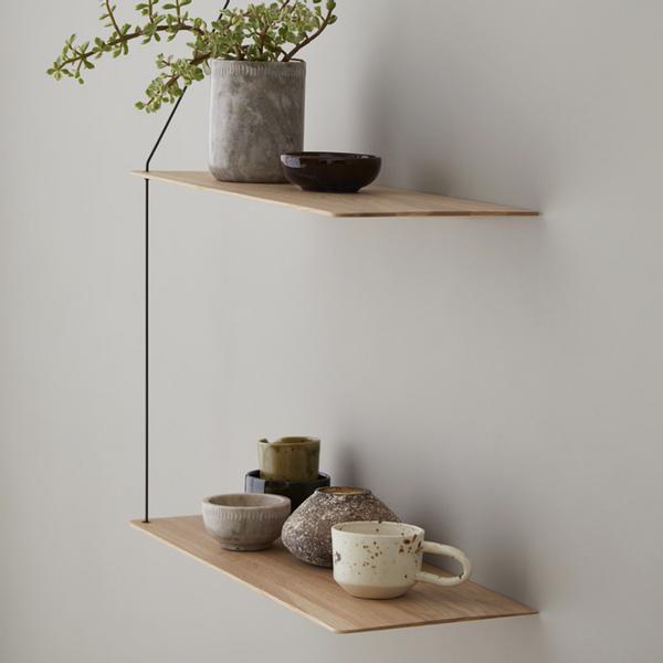 Bilde av Woud Stedge shelves, 60 cm, matt white pigmented lacquer