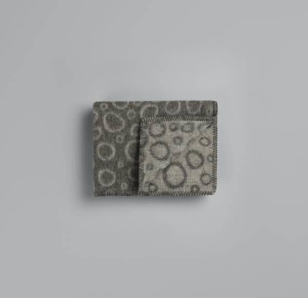 Bilde av Champagnebobler - grå/grå babypledd