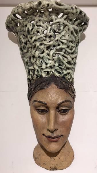 Bilde av Astrid Grue - Kvinne med krone 2