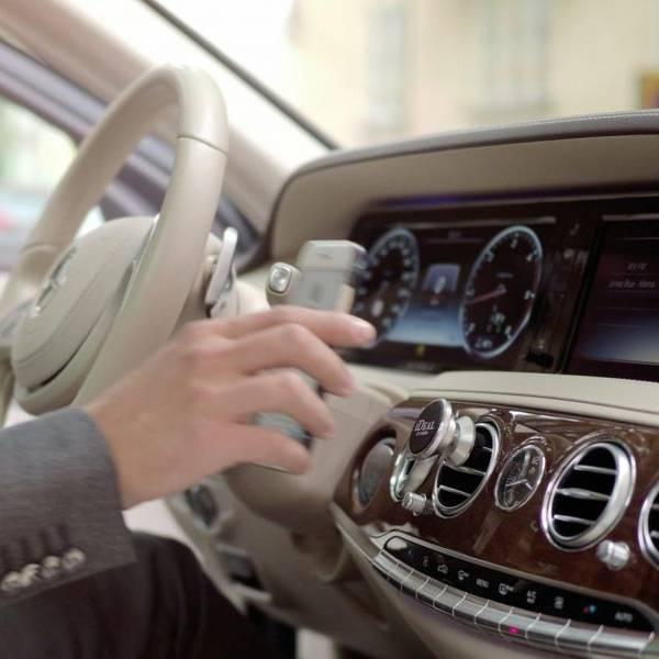 Bilde av Car Vent Mount Universal Silver