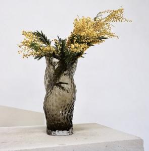 Bilde av Ostrea Rock vase H30cm Glass Smoke