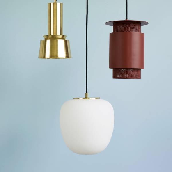 Bilde av HANGING OPAL LAMP LITEN -