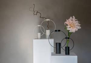 Bilde av Moon Vase Sort Stor
