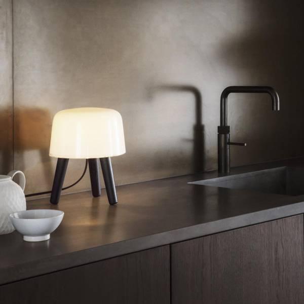 Bilde av Milk lampe - Svart