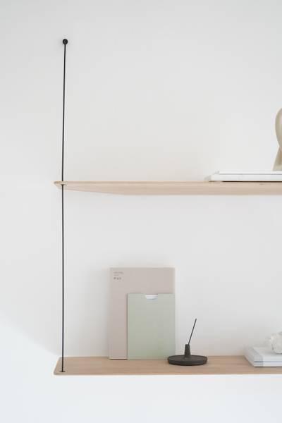 Bilde av Woud Stedge hylle 80 cm - Hvitpigmentert Eik