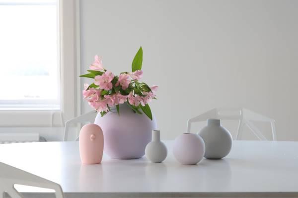 Bilde av Ball Vase - Lilla