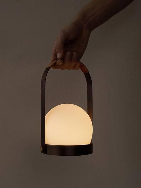 Bilde av Carrie LED lamp - Bronzed Brass
