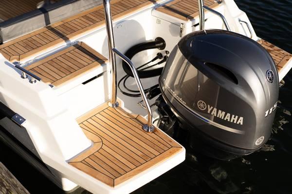 YAMARIN 60 DC M/YAMAHA F100