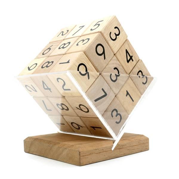 Bilde av Sudoku kube i tre IQ-nøtt