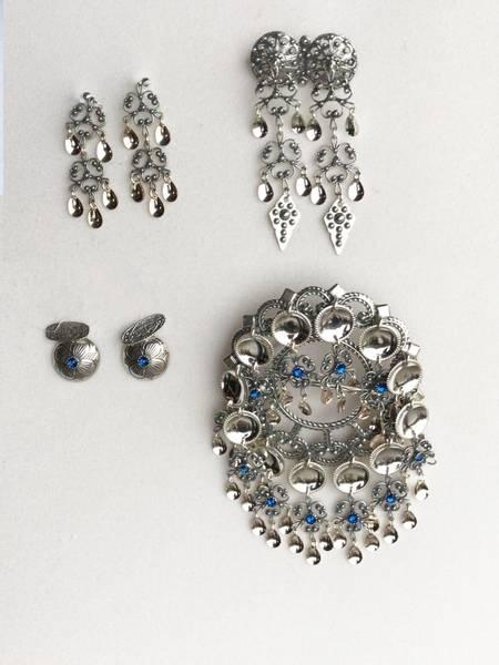 Bilde av Sølvpakke i oksidert sølv