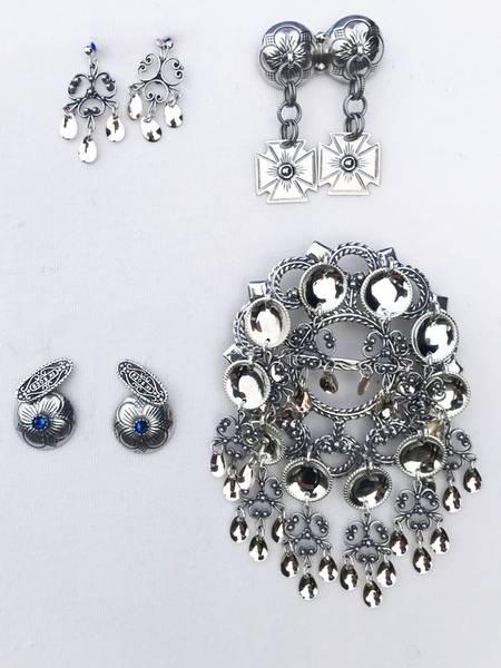 Bilde av Sølvpakke i oksidert sølv med storsølje