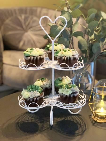 Bilde av Cupcakes kakefat 2 etg hjerte hvit Z Collection