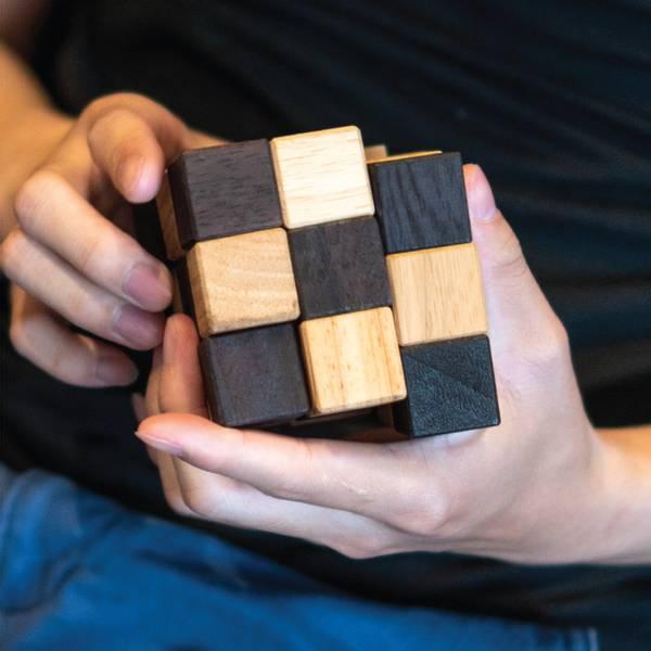 Bilde av Slange kube IQ-nøtt