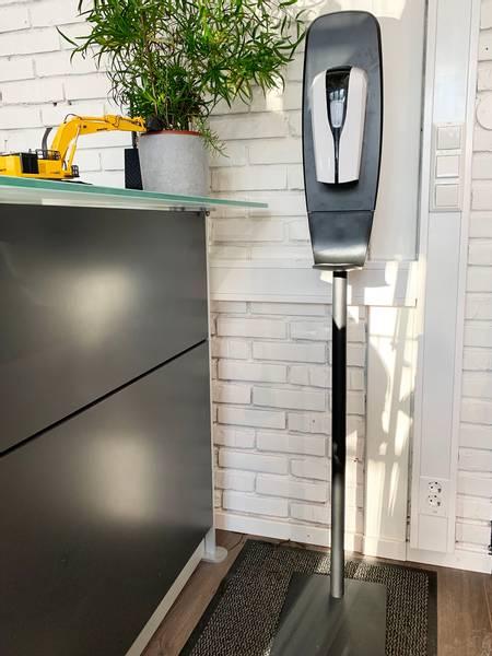 Bilde av Berøringsfri dispenser på stativ
