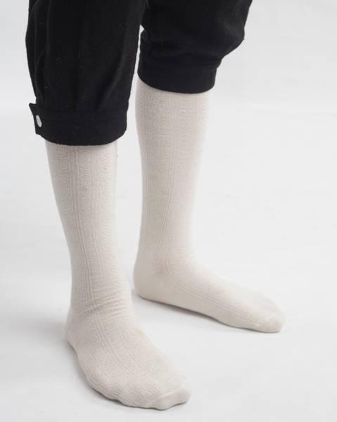 Bilde av Bunadstrømper i ull ullhvite - Barnestørrelser
