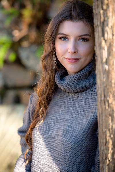 Bilde av Strikket genser i grå