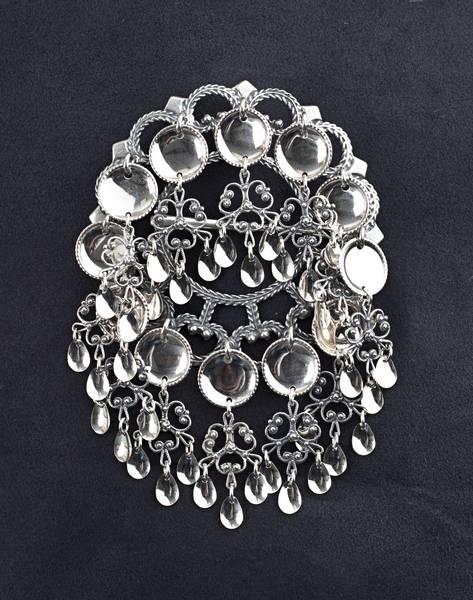 Bilde av Storsølje i oksidert sølv - Bunadsølv - 15500