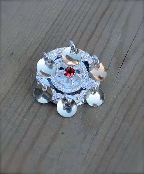 Bilde av Lita barnesølje med stein og gullforgylte blad - 66005
