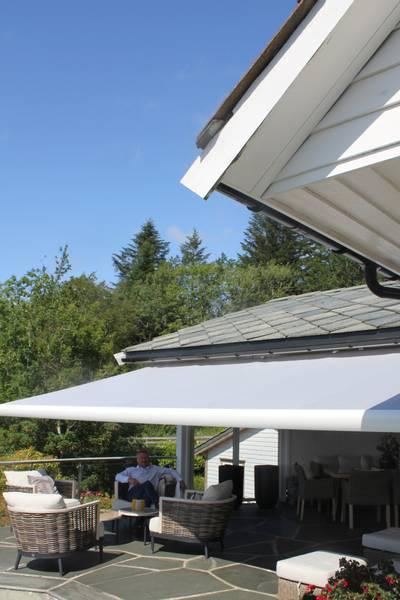 Bilde av Smart markise - Bredde fra 475 til 530 cm x utfall 360 cm