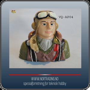 Bilde av VQ-AP04 PILOT I WW2 (.60 SIZE) ¤
