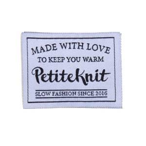 Bilde av MADE WITH LOVE TO KEEP YOU WARM -PetiteKnit
