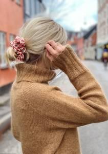 Bilde av PetitKnit Caramel Sweater - Garnpakke