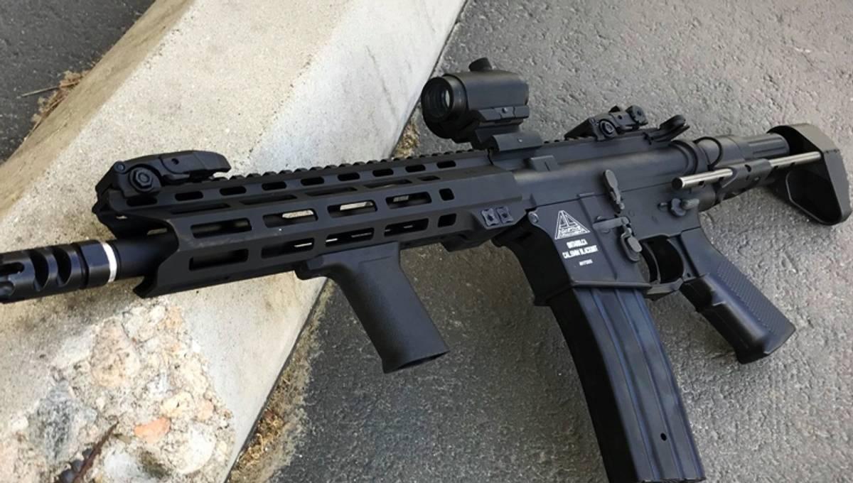 Adaptive Armament PDW M-Lok - Elektrisk Softgunrifle - Svart