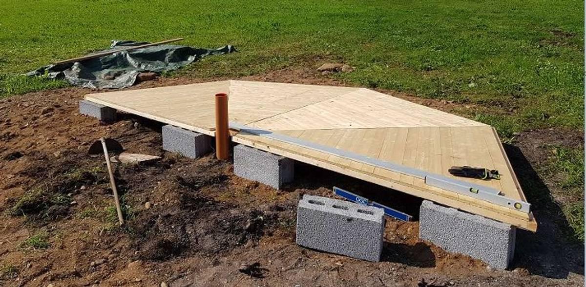 Heldekkende gulv (12, 15 og 17 kvm)